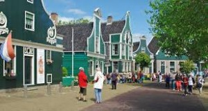 zaanseschans_huisjes travel guide beach